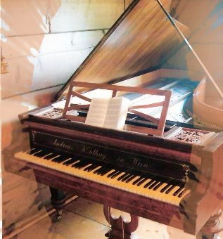 Dawne fortepiany – za co je lubimy?